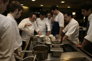 ferran-adria-with-the-elbulli-team-Tommy-Collins