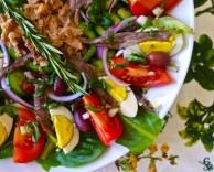 Настоящий салат Нисуаз из Франции