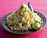 рецепт интересного блюда из цветной капусты, кедровых орешков и изюма