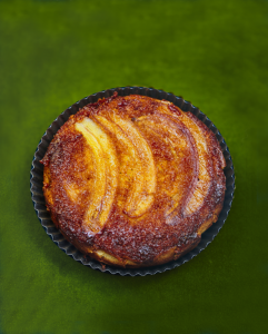 очень вкусный пирог с бананами и карамелью