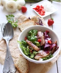 салат из утиной грудки с бальзамической заправкой